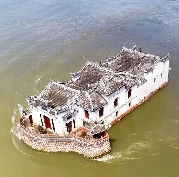 """""""洪水也冲不走""""!这座古建筑又火了…"""